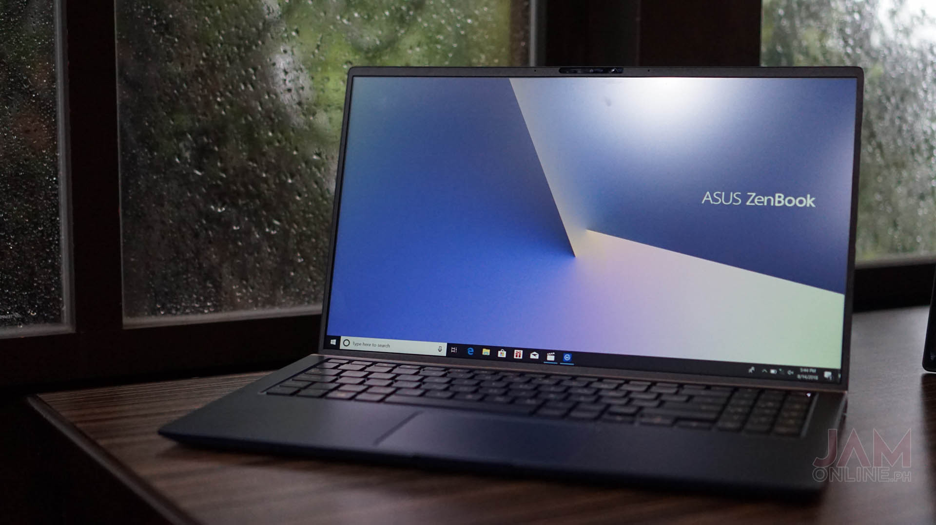 The all-new Zenbook line comes in three different variants – Zenbook 13,  Zenbook 14, and the Zenbook 15 but here s the interesting part – these  notebooks ... 26e7599f0028